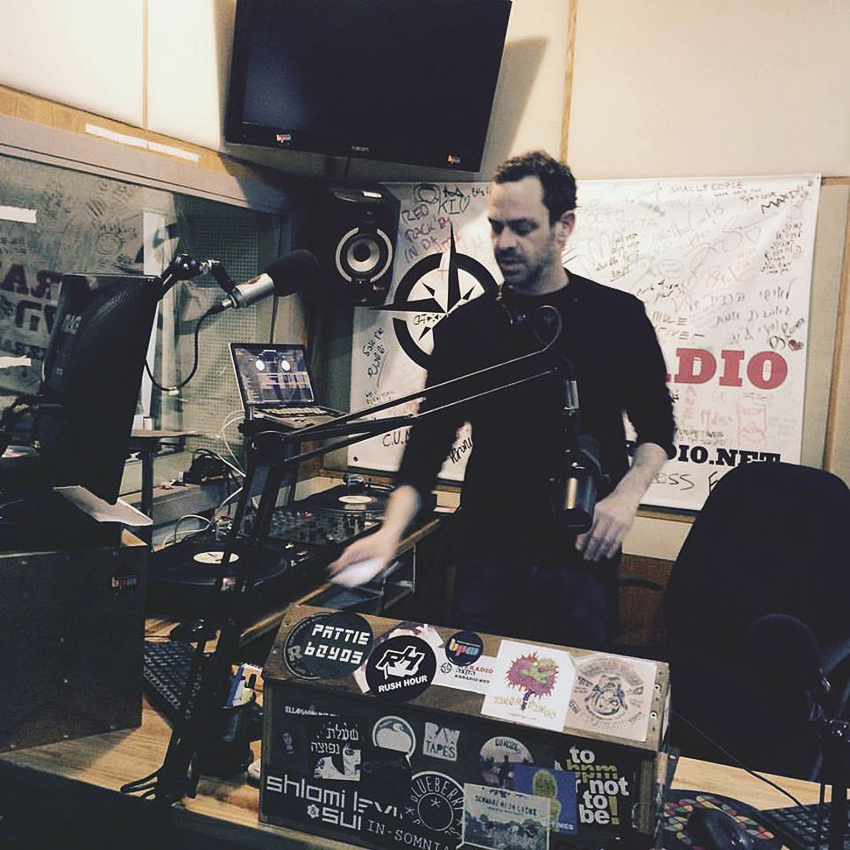 Amir Egozy at KZradio